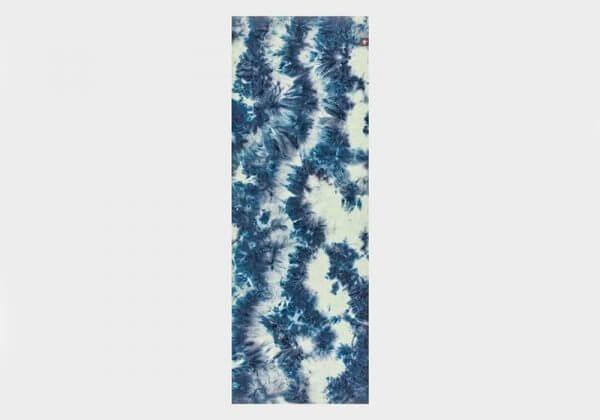 Коврик-полотенце для йоги eQua Mat Towel Extra Long Midnight Manduka.