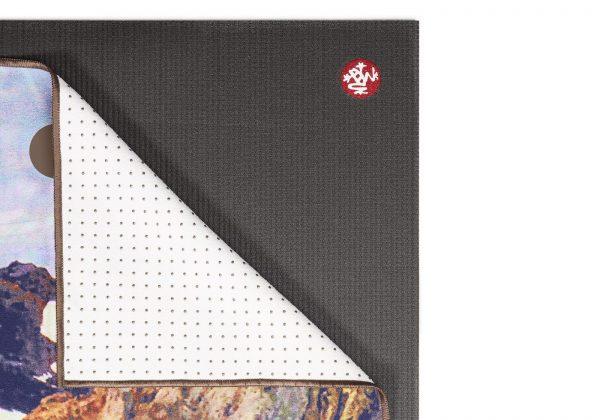 Коврик-полотенце для йоги Yogitoes Altai Manduka.