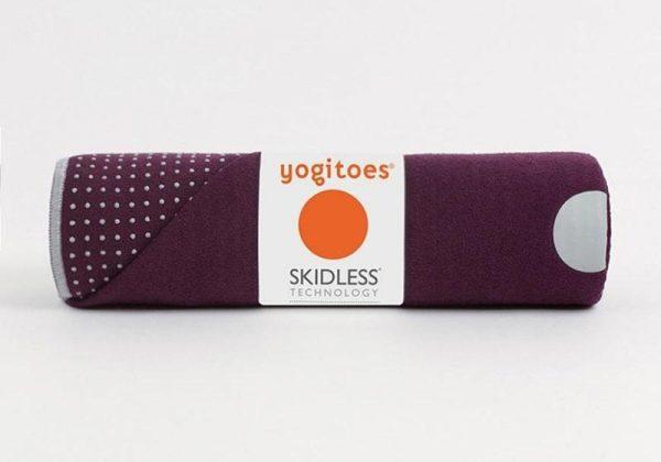 Коврик-полотенце для йоги Yogitoes Indulge Manduka.