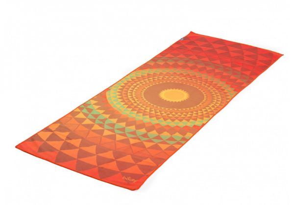 Мягкое йога-полотенце «оранжевая сфера» от Bodhi.